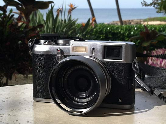 Traveling with a New Mirrorless Camera: Fuji X100S